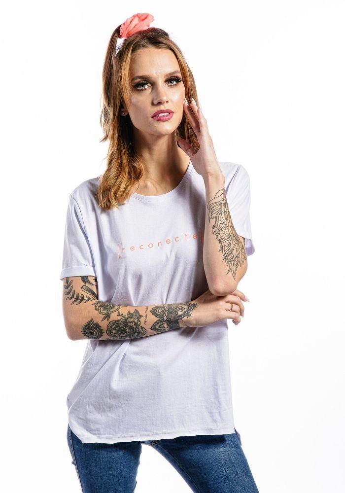 Camiseta Manga Curta Feminina Reconecte Branca