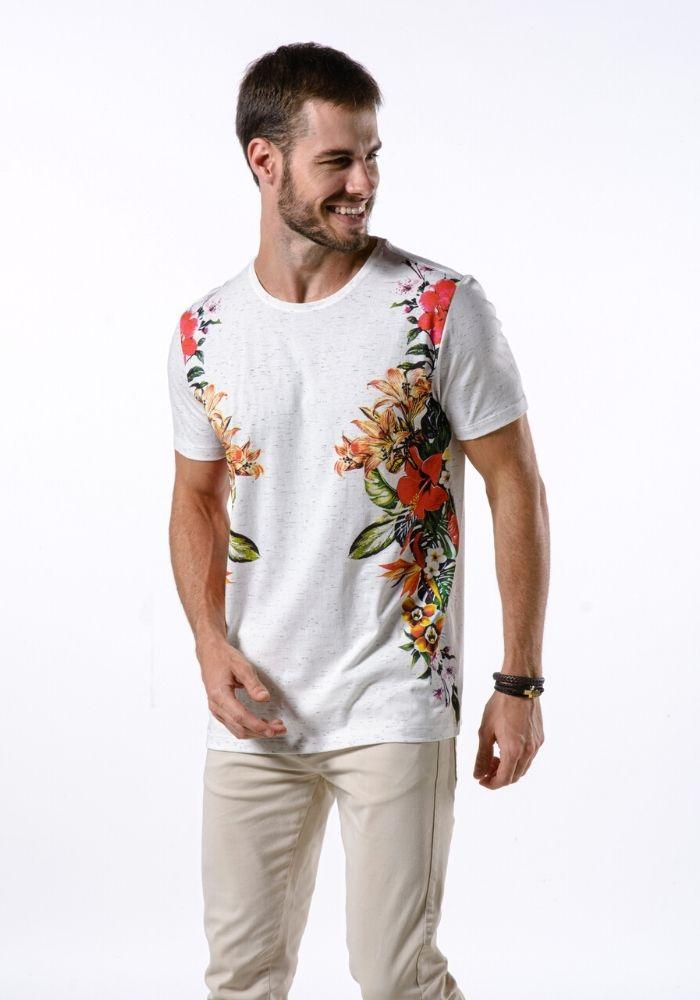 Camiseta Manga Curta Flowers Off White