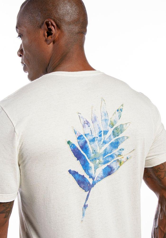 Camiseta Manga Curta Leaf Colors Amêndoa
