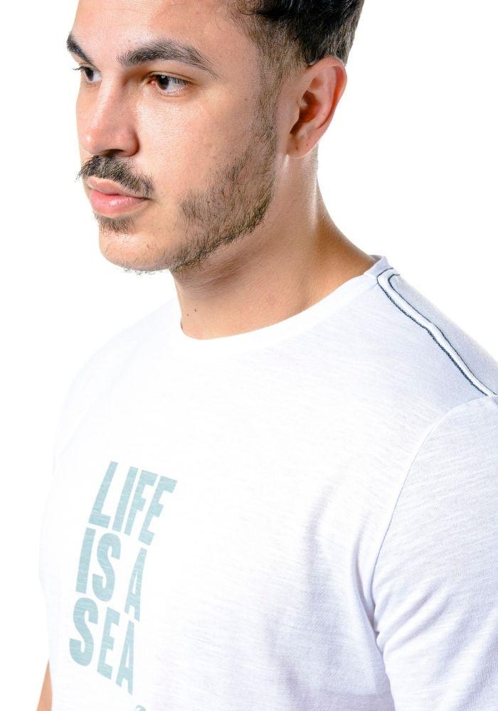 Camiseta Manga Curta Life Is A Sea Verde Água