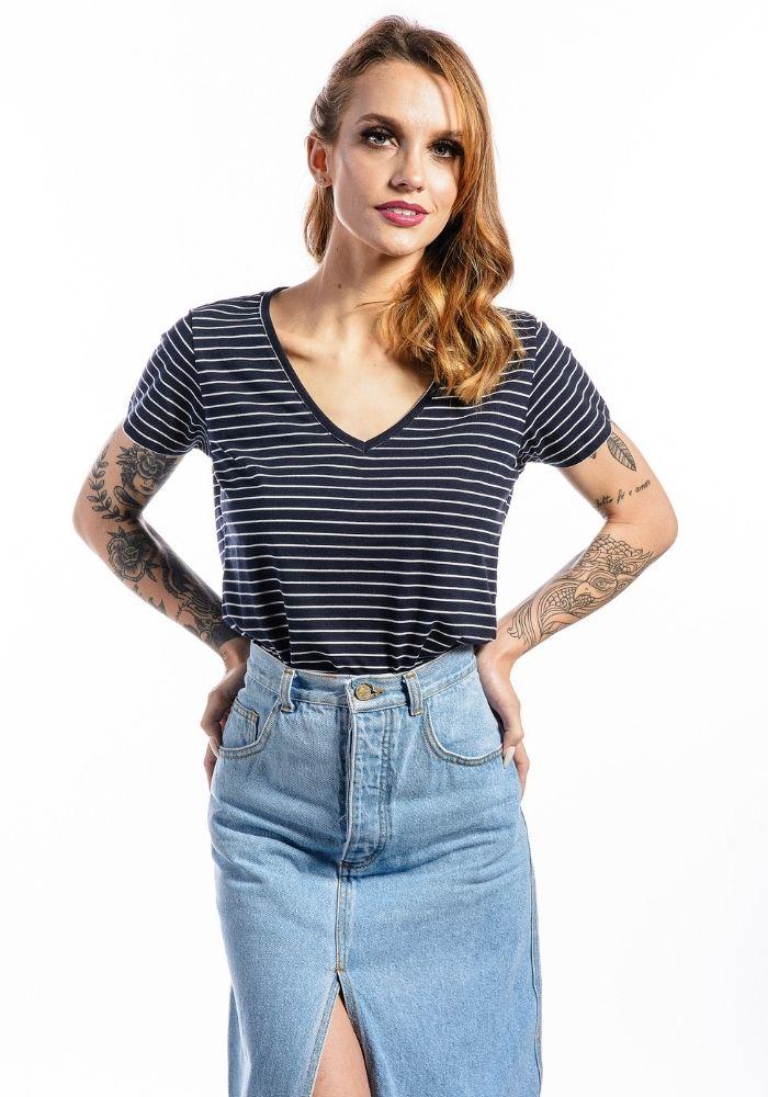 Camiseta Manga Curta Listrada Basic Feminina V Marinho