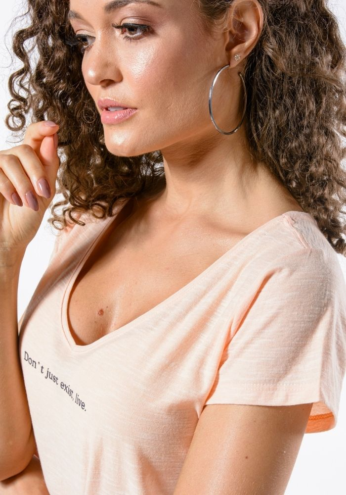 Camiseta Manga Curta Live Woman Salmão