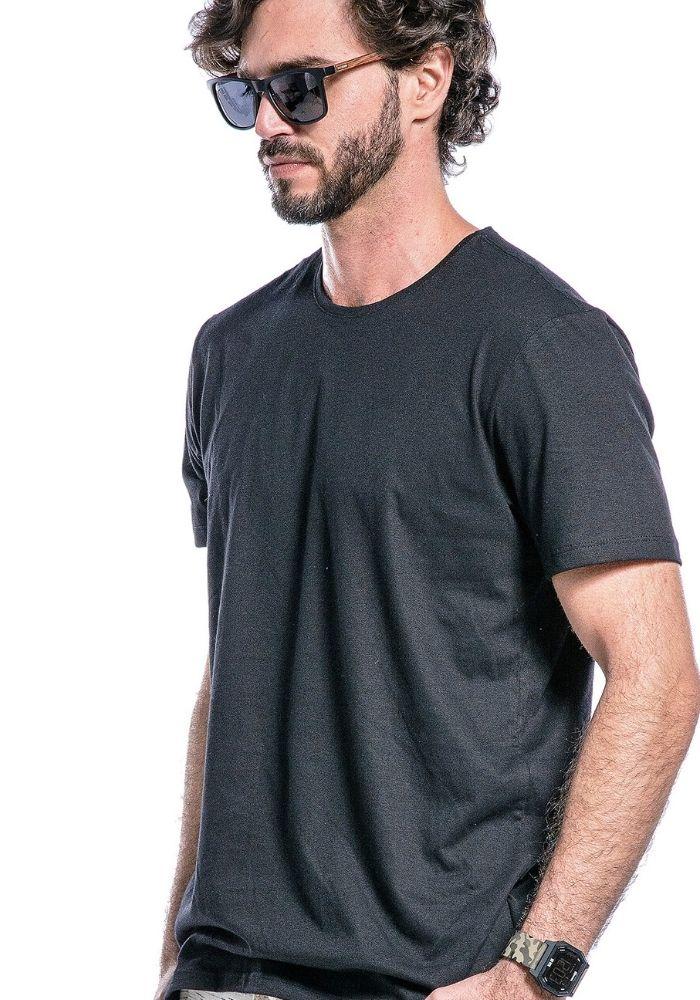 Camiseta Manga Curta Basics Cia Gota Preta