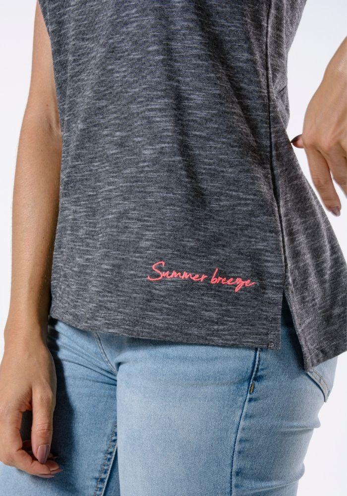 Camiseta Manga Curta Preta Summer Breeze