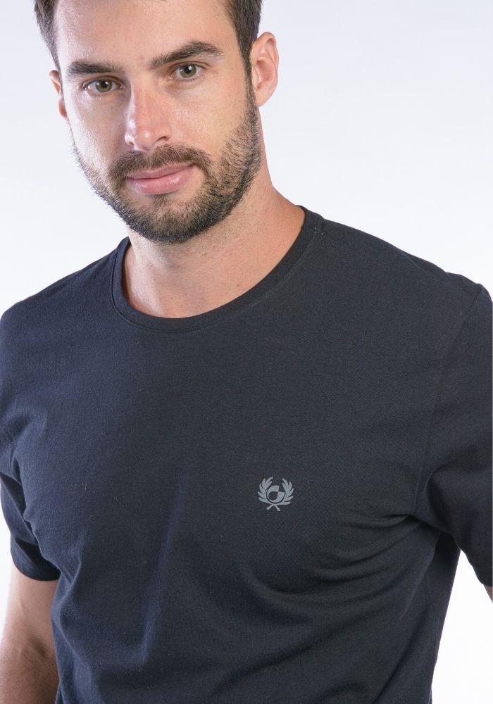 Camiseta Manga Curta Preto Logo Básica Cia Gota