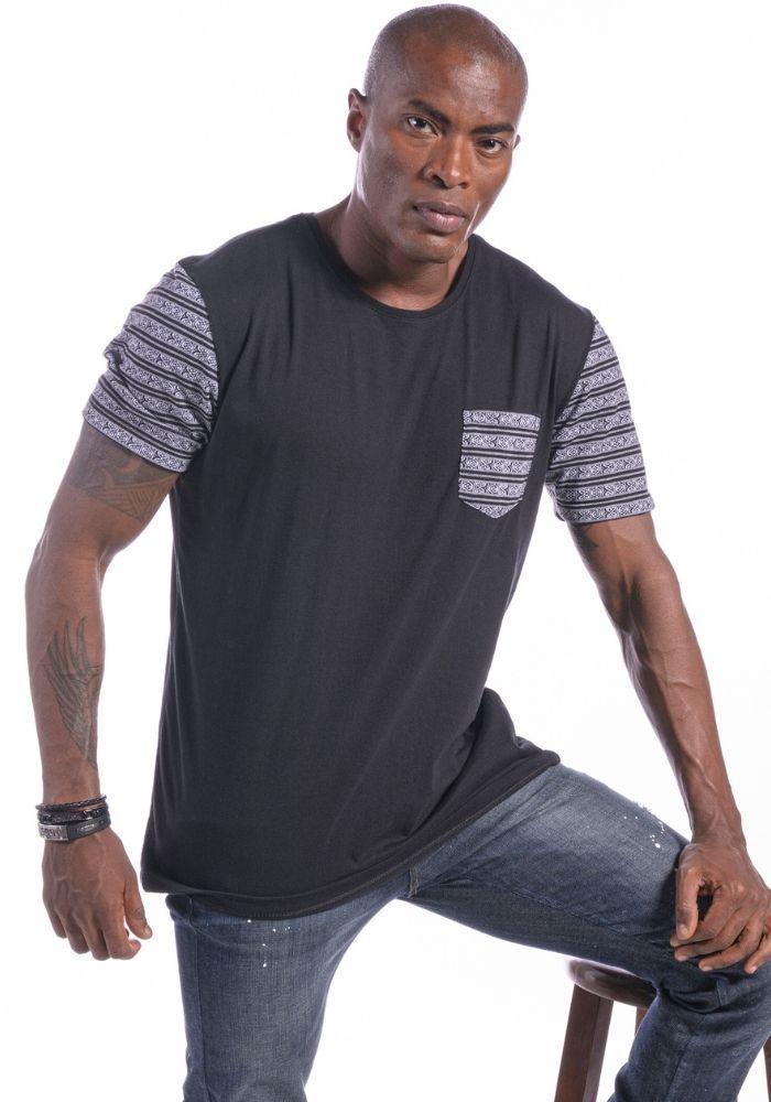 Camiseta Manga Curta Preto Étnico Off