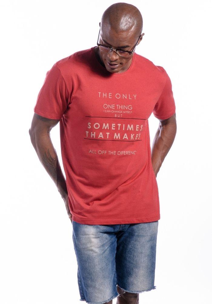 Camiseta Manga Curta Sometimes Vermelha