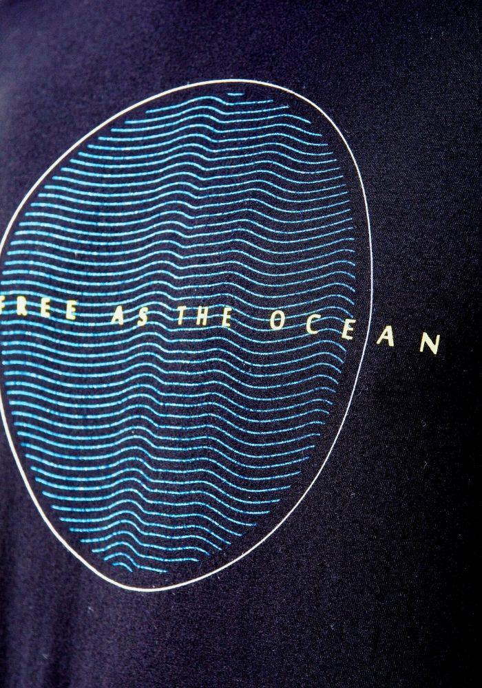 Camiseta Manga Curta The Ocean Preta