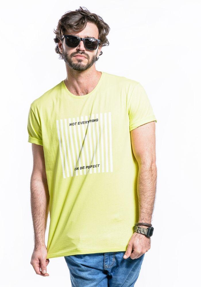 Camiseta Manga Curta Verde Neon Not Everything