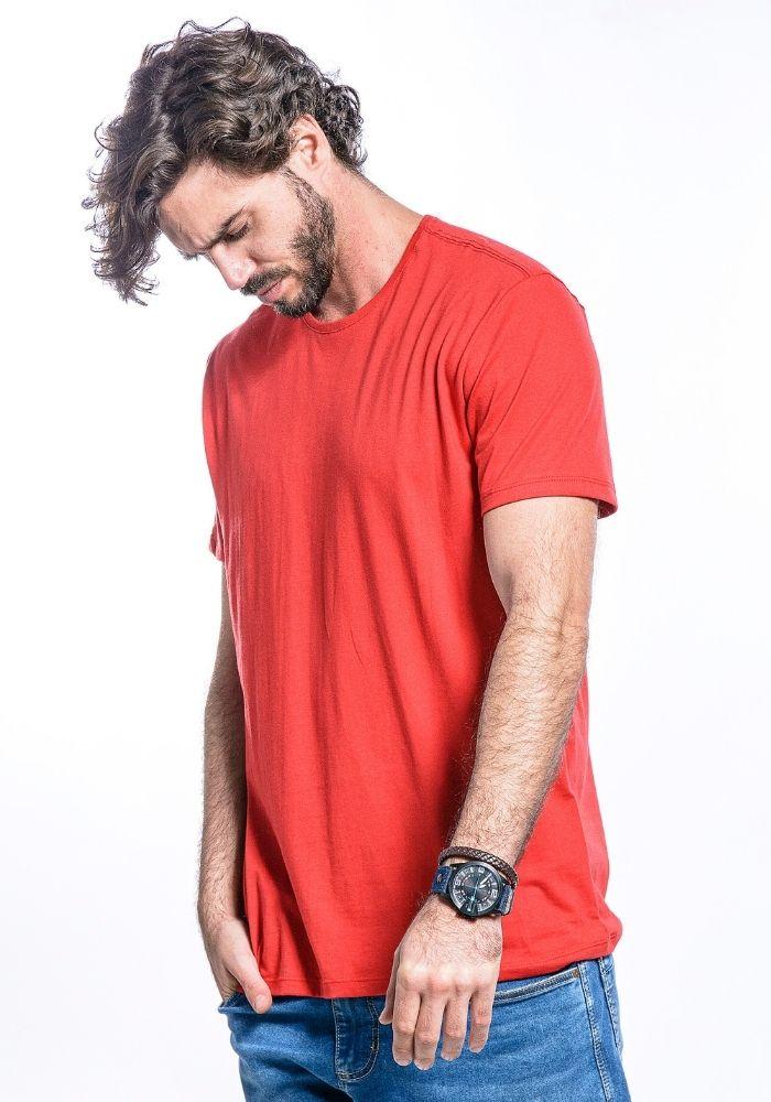 Camiseta Manga Curta Basics Cia Gota Vermelha