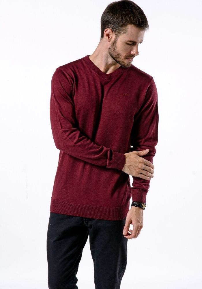 Suéter de Tricô Basic Gola V Loma Negra Vinho