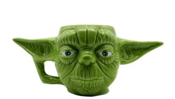 Caneca Formato 3D 400ML Mestre Yoda Star Wars
