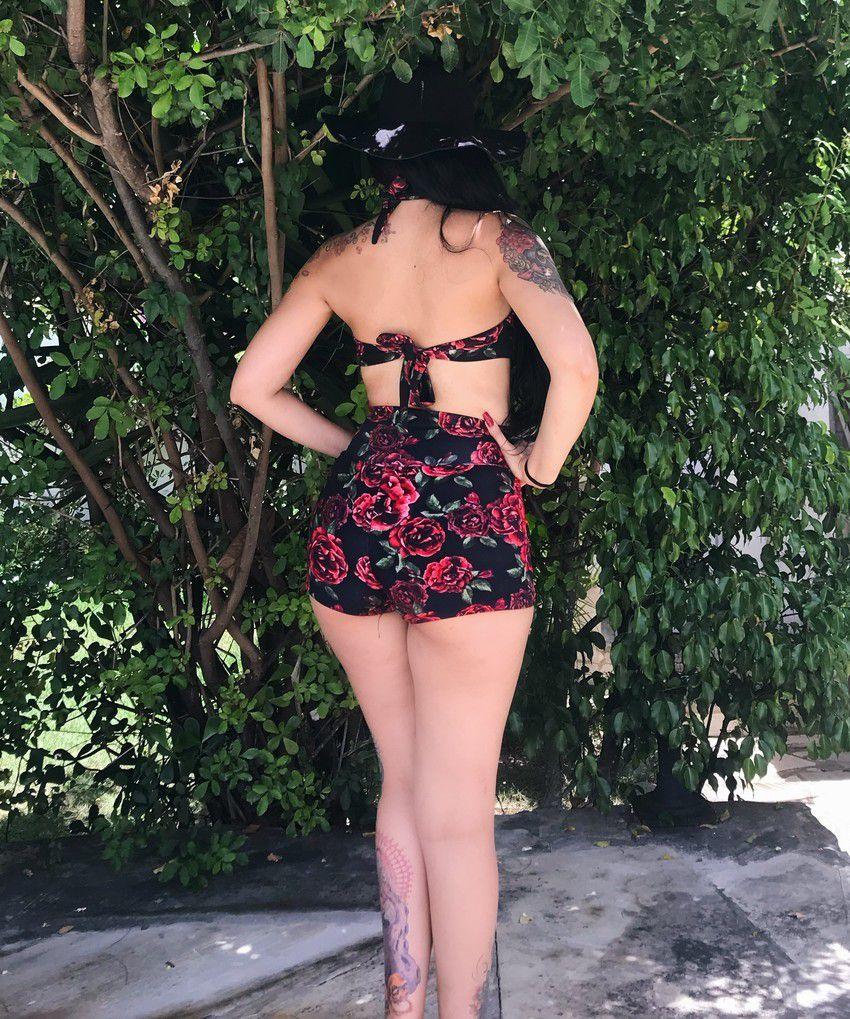 Biquini Vintage Sailor Roses Top e Shorts
