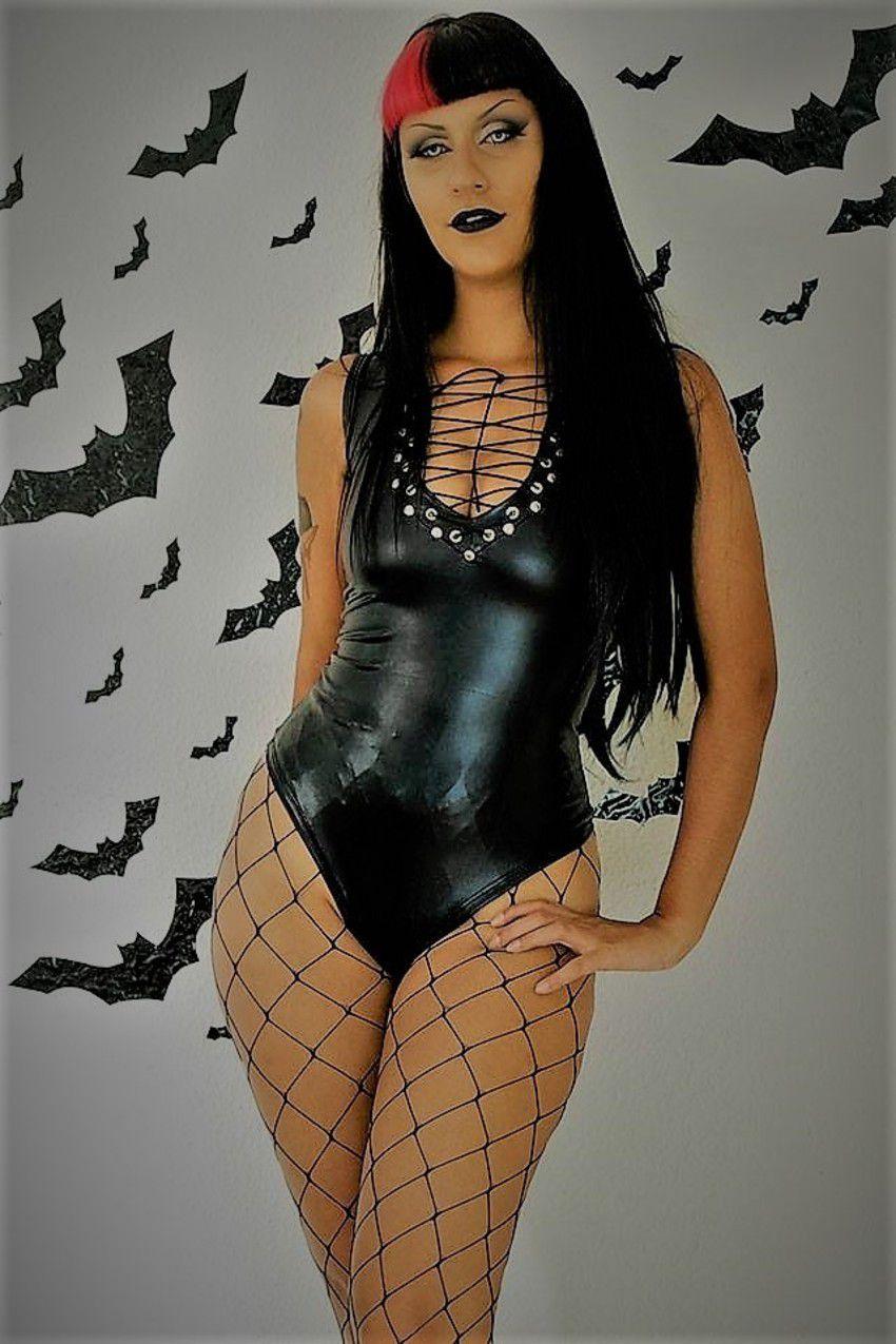 Body Dark Lady