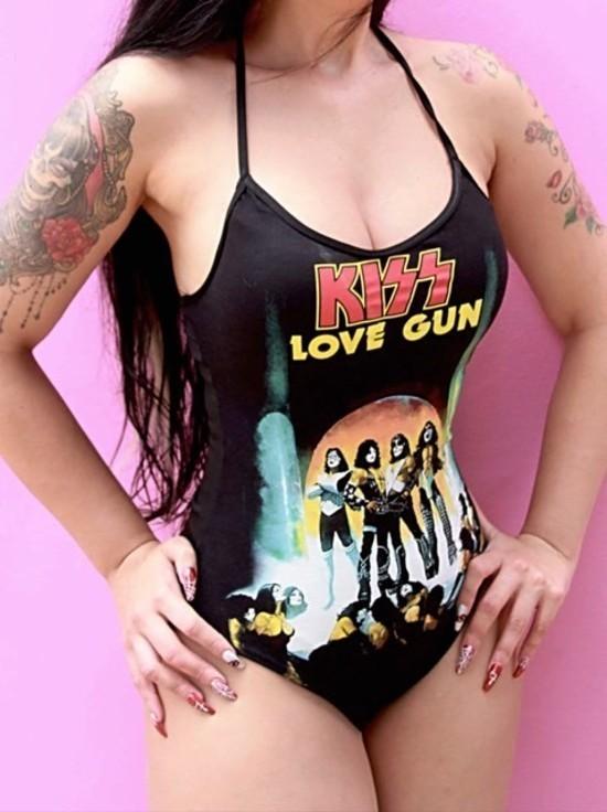 Body Kiss Love Machine