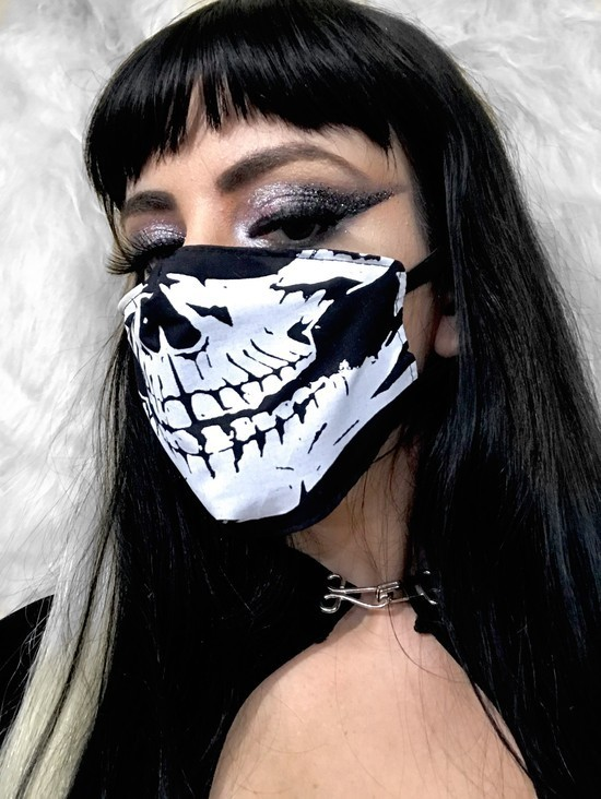 Máscara unissex Caveira