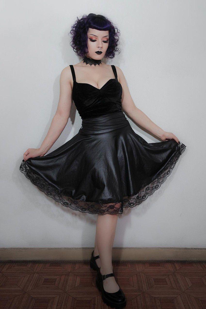 Saia Dark Doll