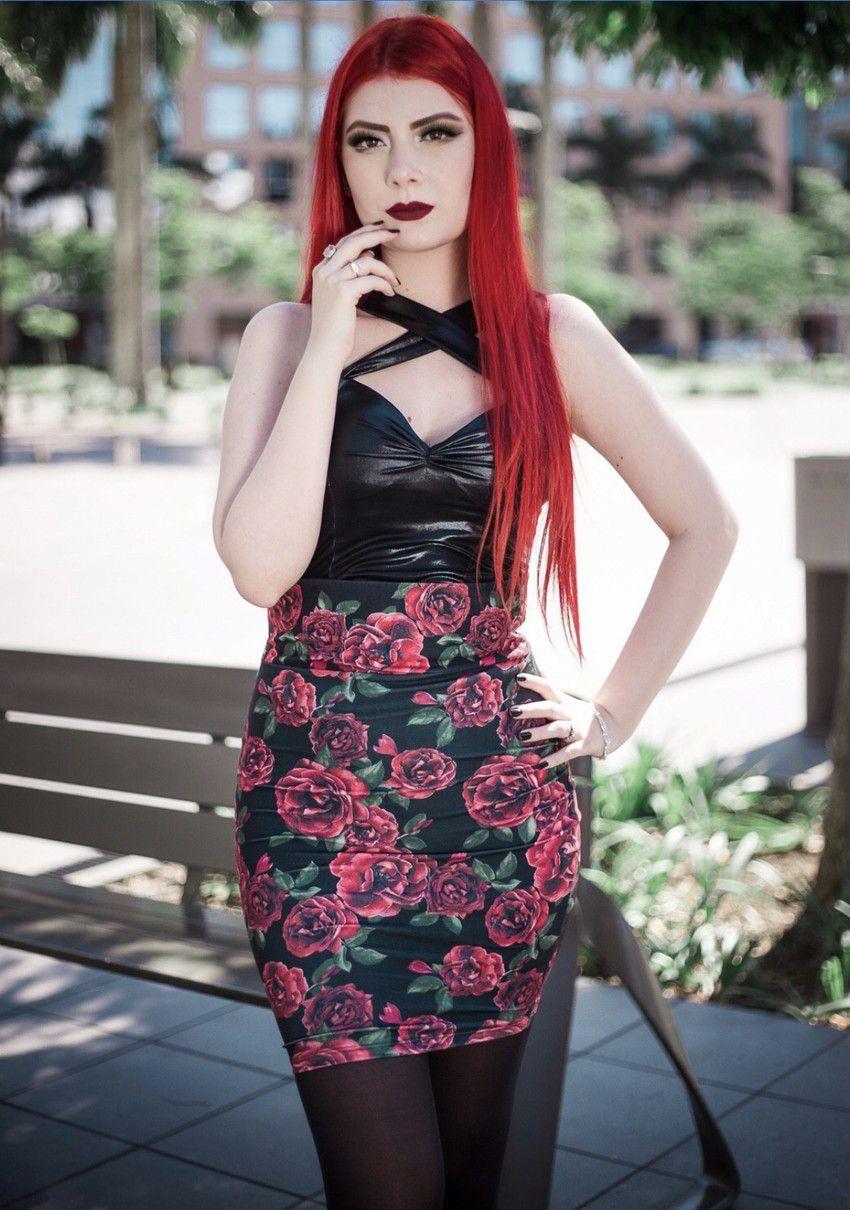 Saia Lápis Vintage Red Rose
