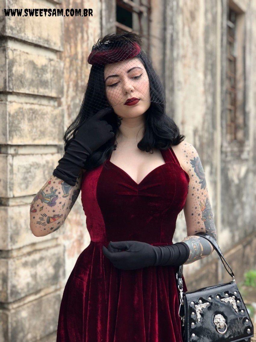 Vestido de Veludo Rubi