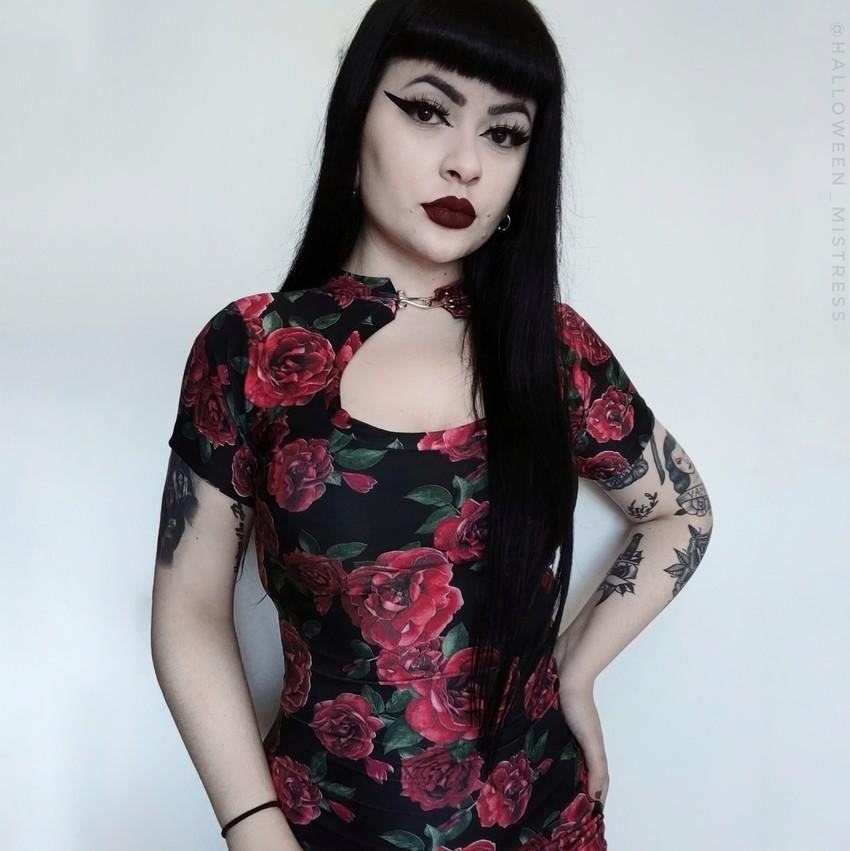 Vestido Justo Lady Dragon Roses