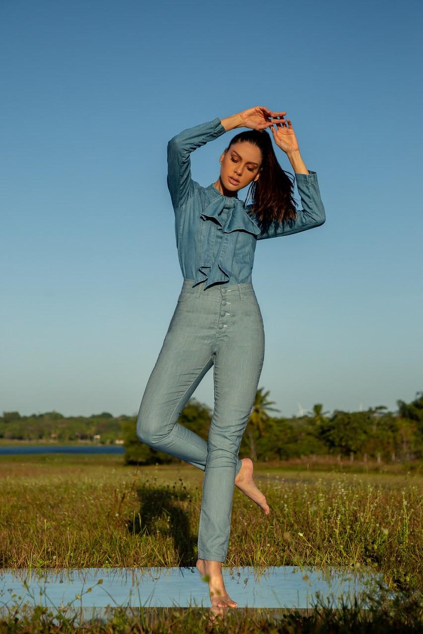 Calça jeans cintura alta skinny - Y6
