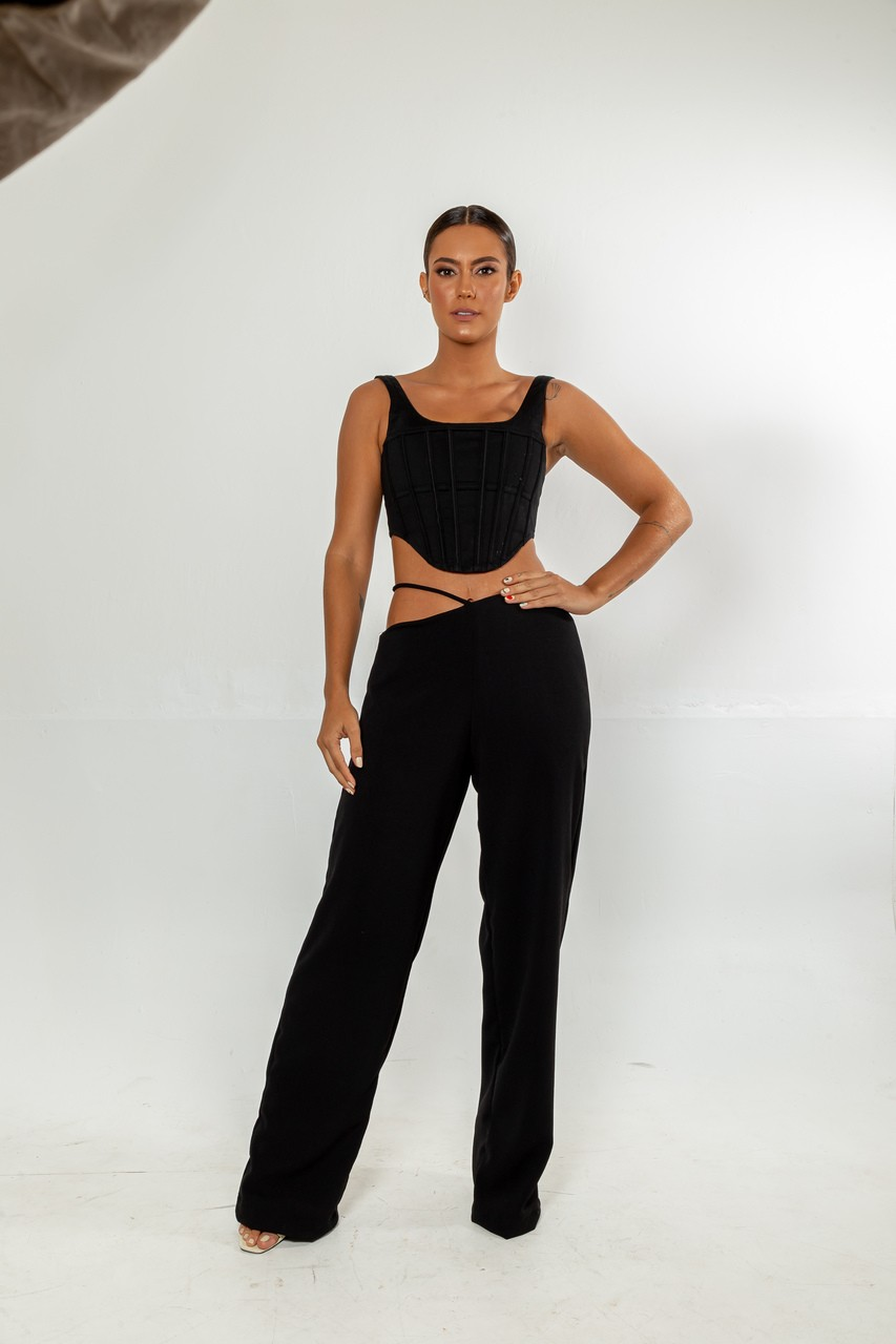 Calça preta recorte - Elisa