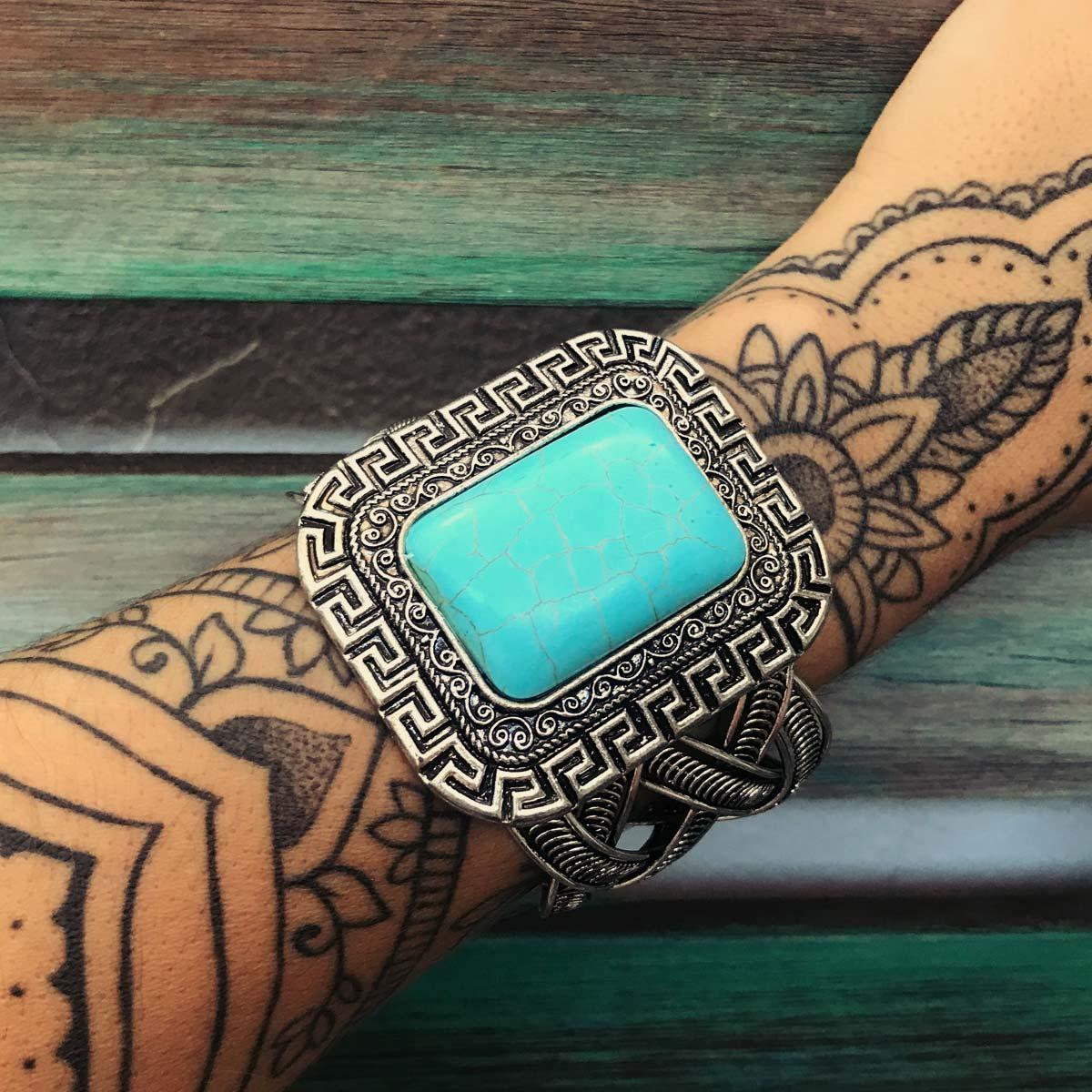 Bracelete Boho pedra Howlita azul quadrada