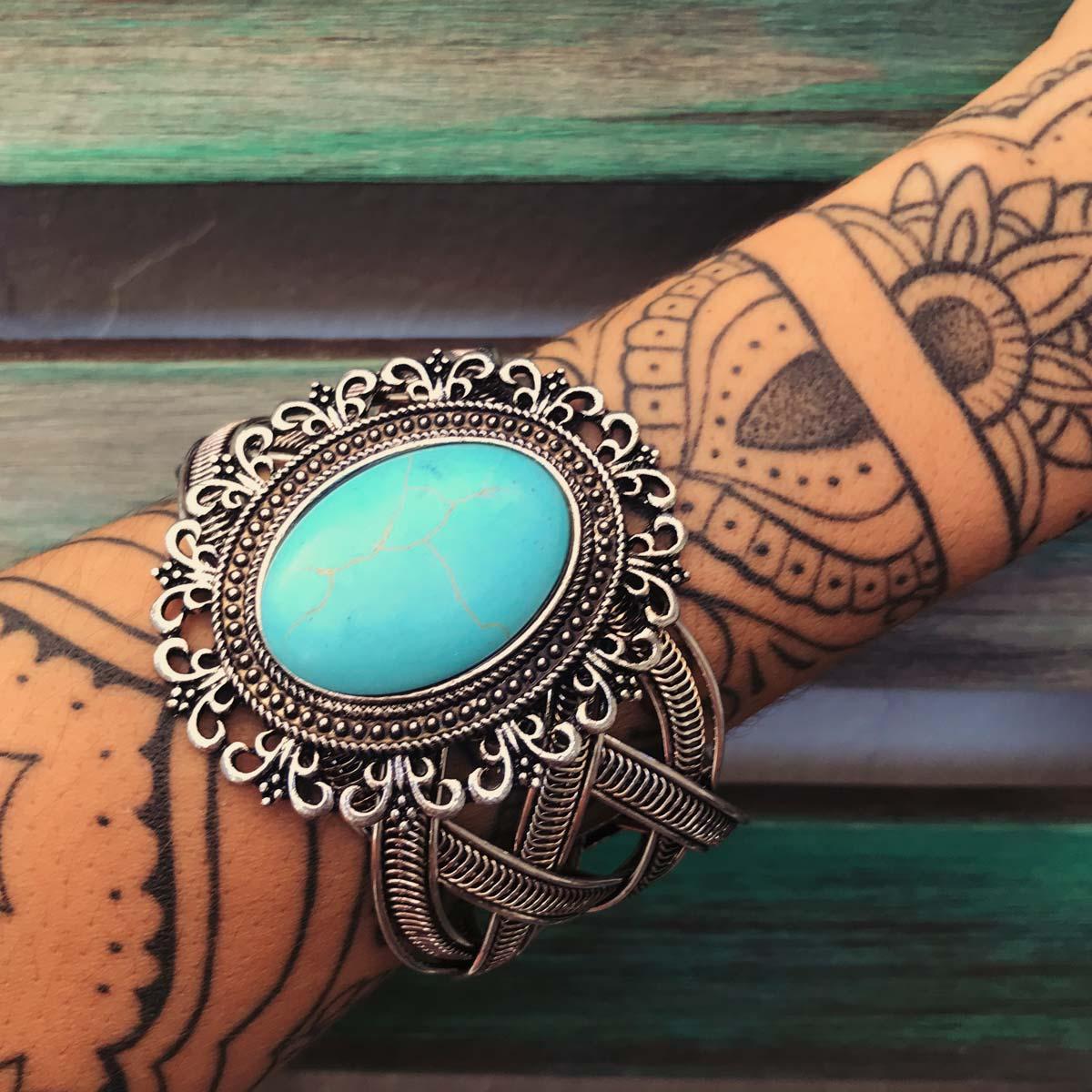 Bracelete Boho pedra Howlita azul redondo Camafeu
