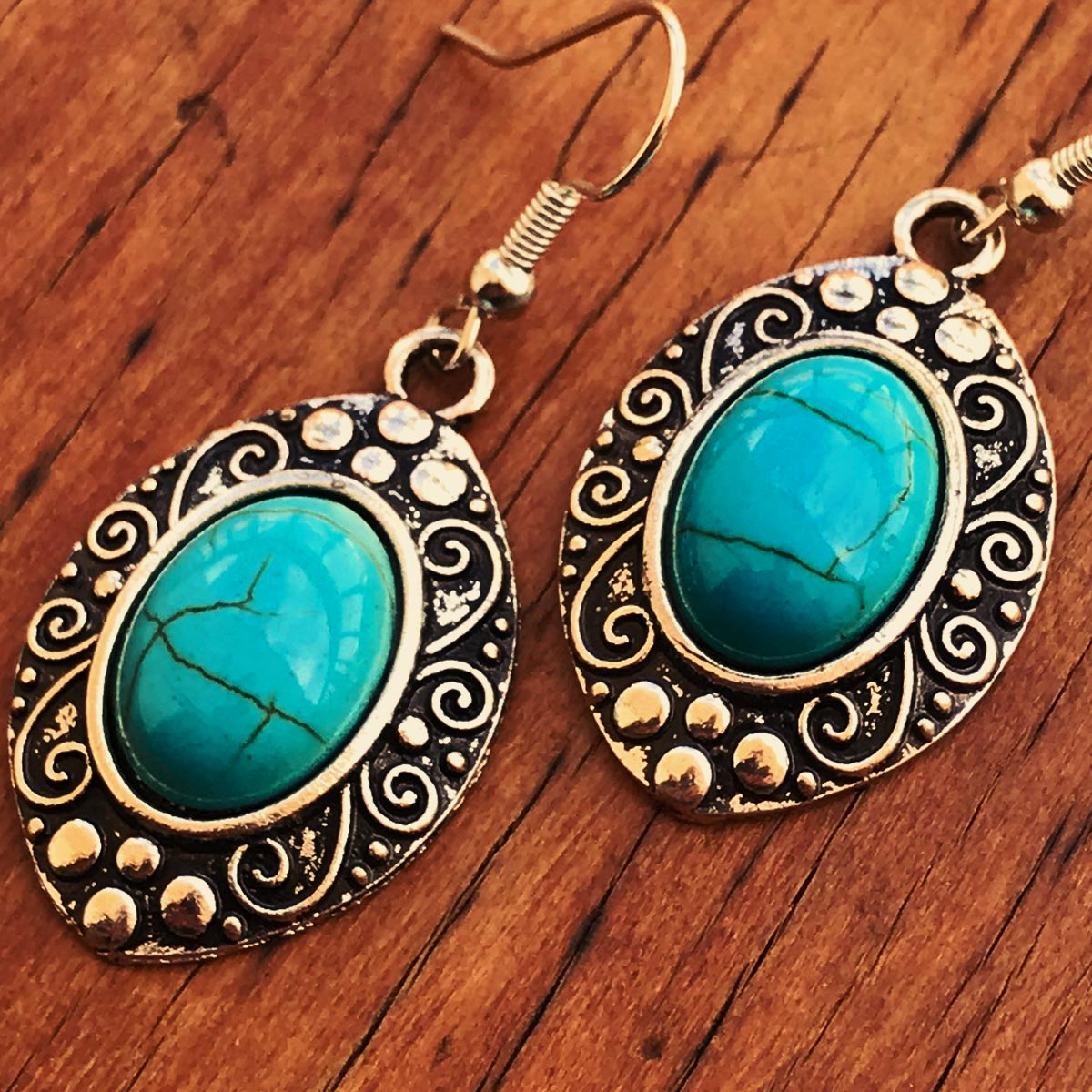 Brinco Pedra Howlita Azul Turquesa