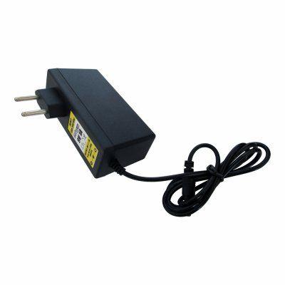 Fonte 9V 1A Negativo Centro Plug P8 / P4 2,5mm BiVolt