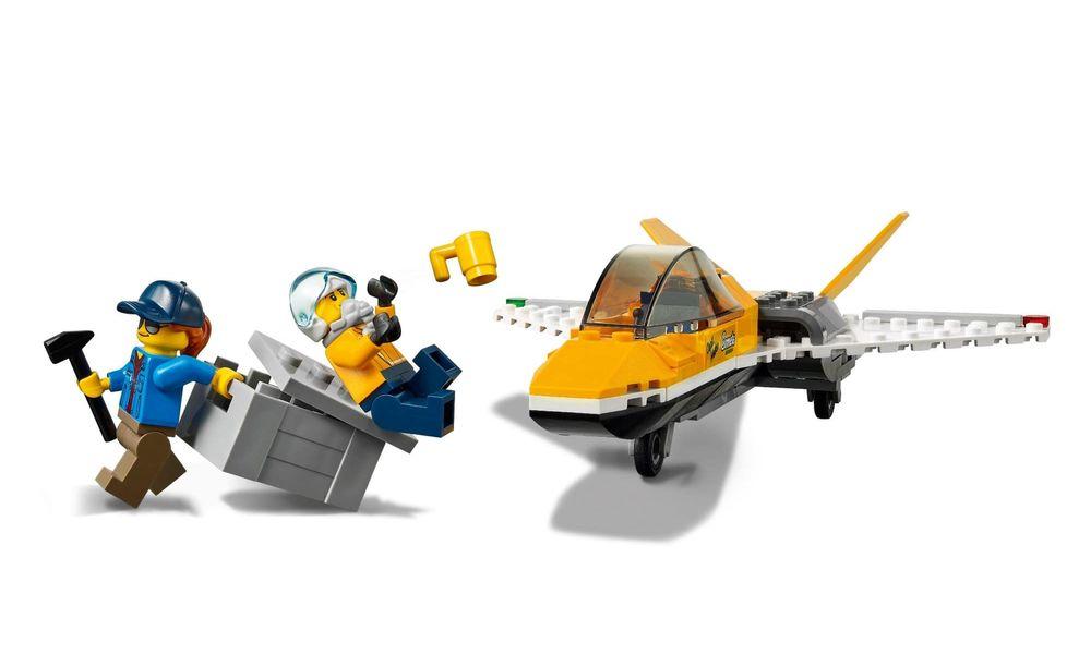 Lego City - Transportador de Avião de Acrobacias Aéreas - 281 Peças - 60289