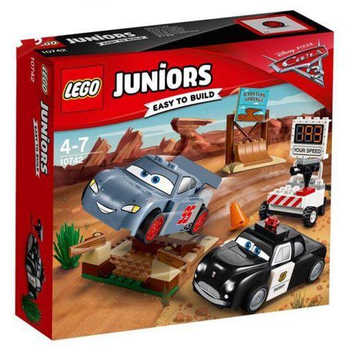 Lego Juniors - Carros 3 - O Treino de Velocidade de Willys Butte - 10742