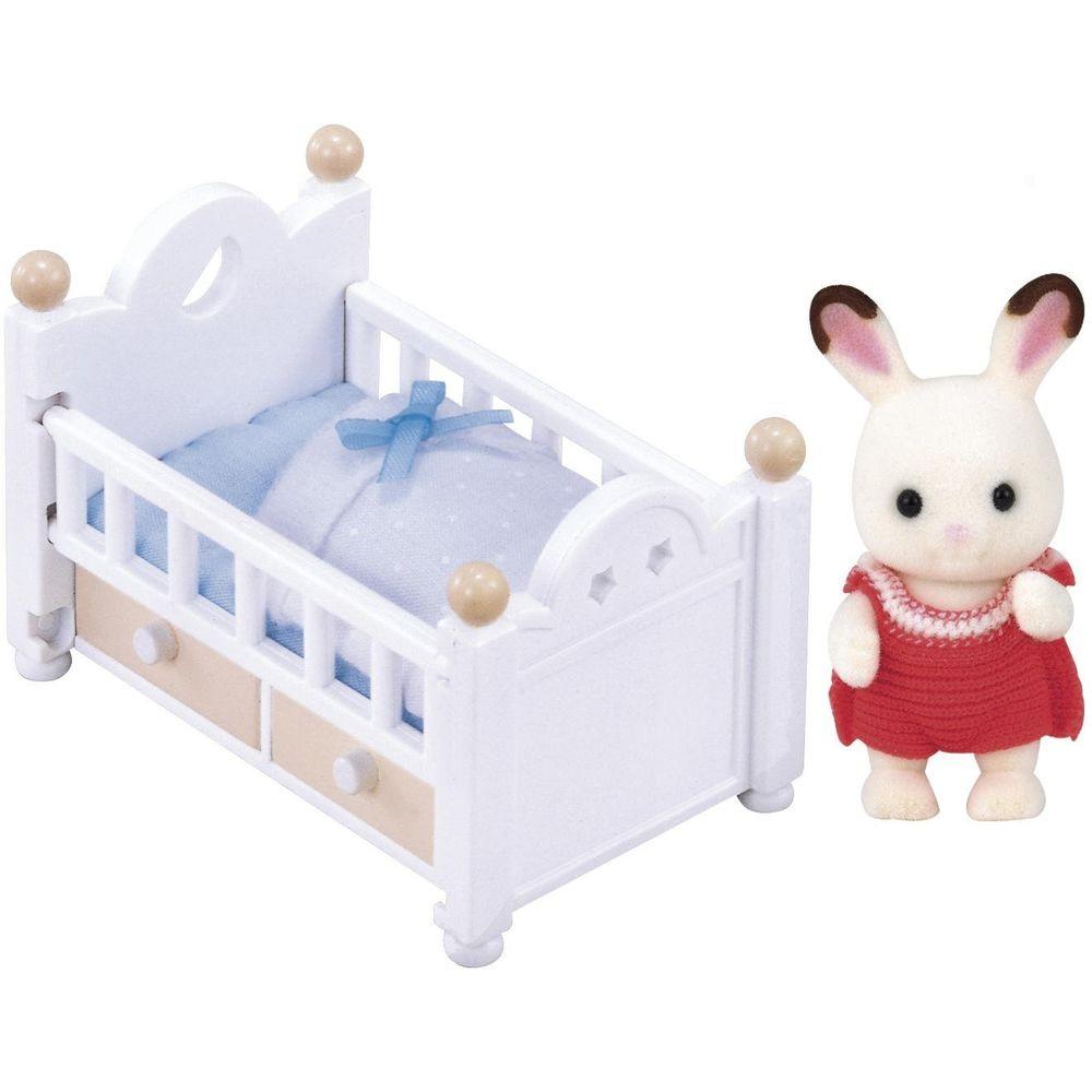 Sylvanian Families - Bebê coelho chocolate e cama  - Epoch