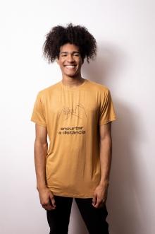Camiseta de Linho Encurtar a Distância