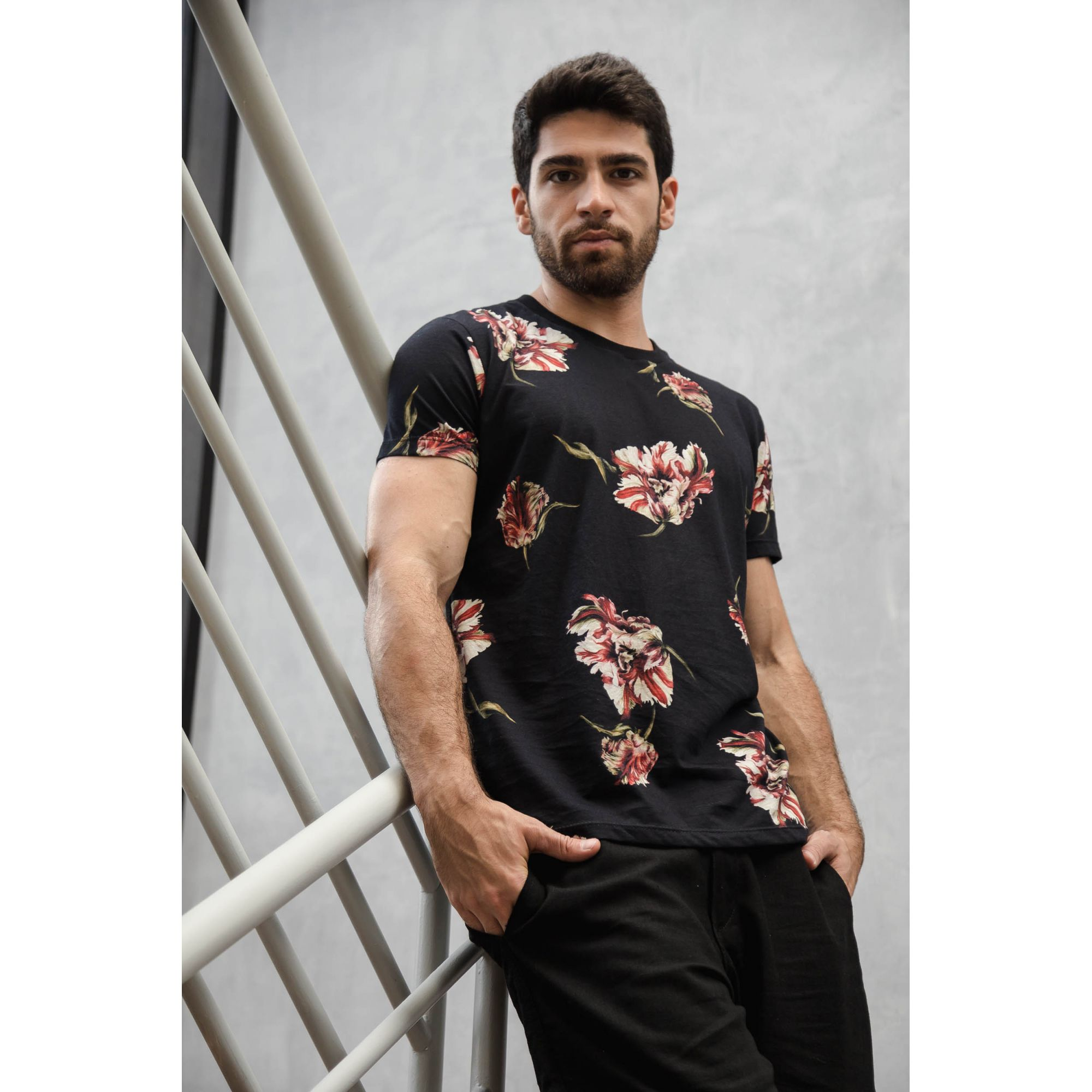 Camiseta Floral Vermelho
