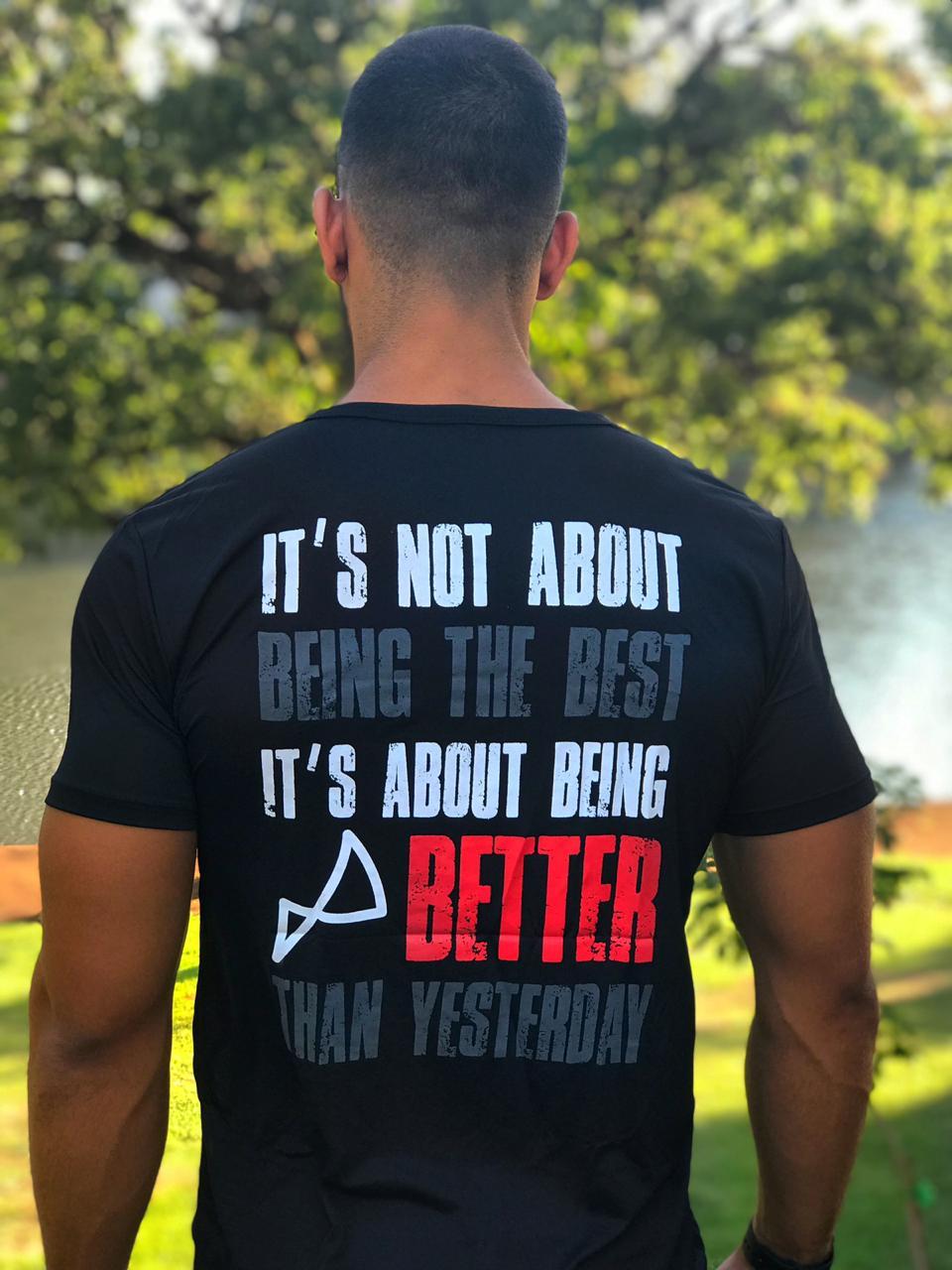 Camiseta  Better Than Yesterday Preta