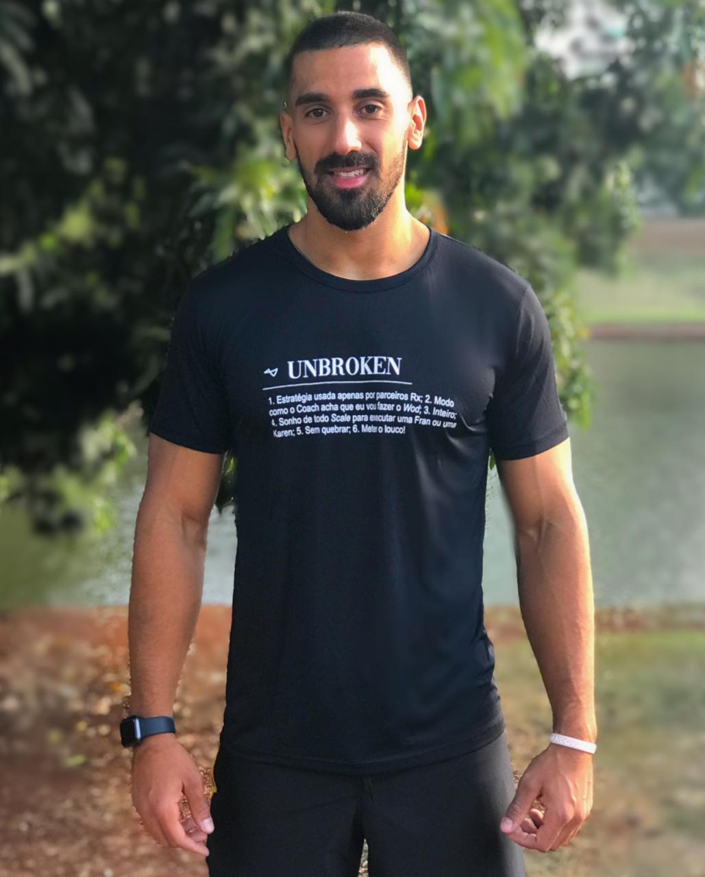 Camiseta  Unbroken Preta