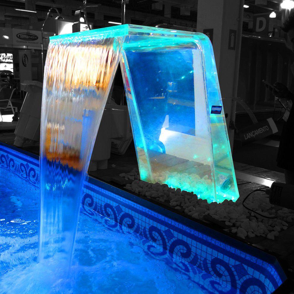 Cascata para Piscina Sodramar Paradise Acrílico com Iluminação