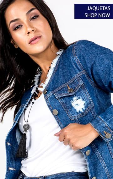 sofisticada e despojada a jaqueta jeans segue com força total!