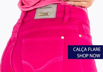 a calça flare chama atenção pelo seu shape perfeito. valorizando as curvas e alongando a silhueta da mulher brasileira!