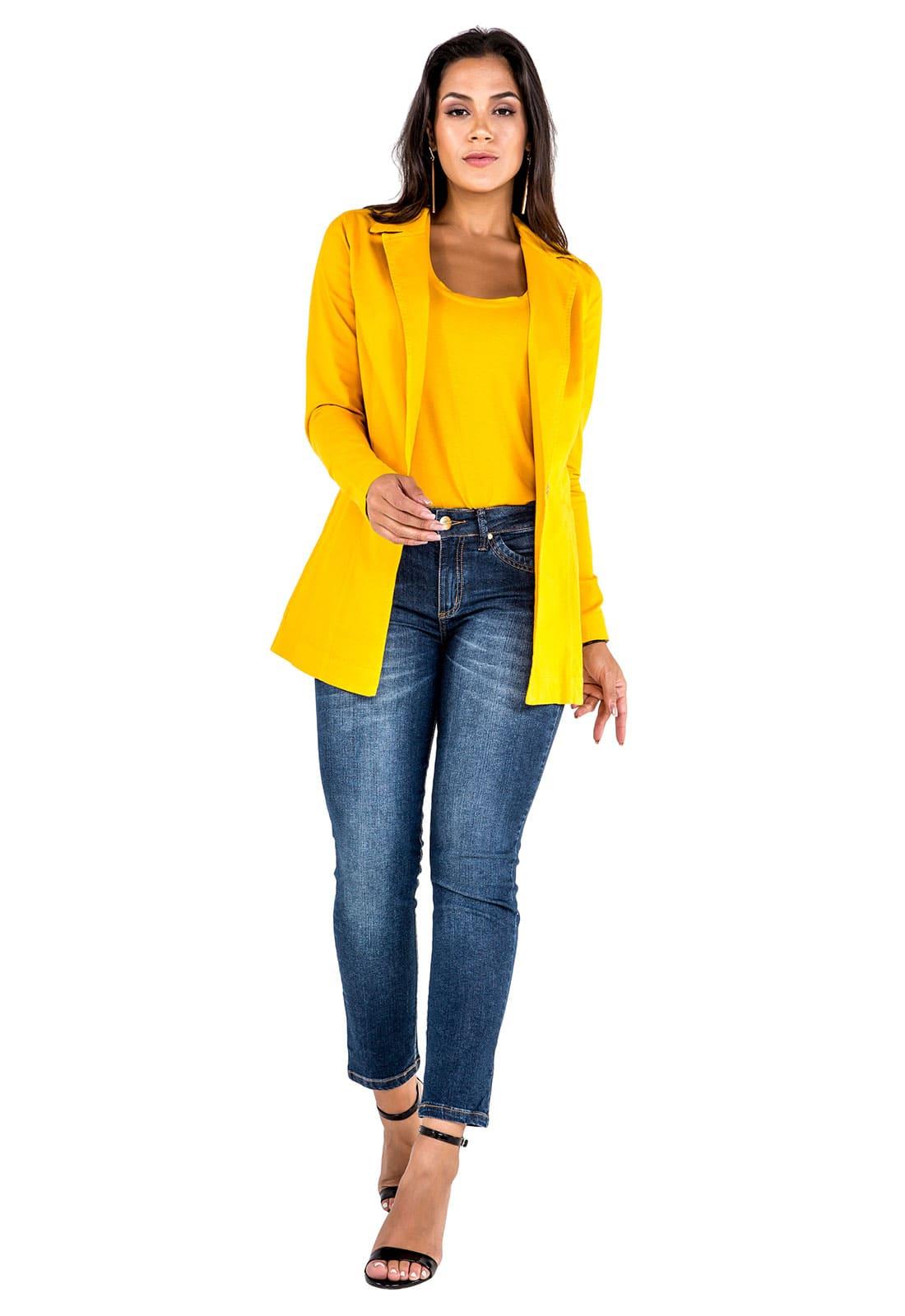 Blazer Boyfriend Feminino Longo Amarelo + Camiseta Feminina Amarelo + Calça Cropped Feminina Jeans Latifundio