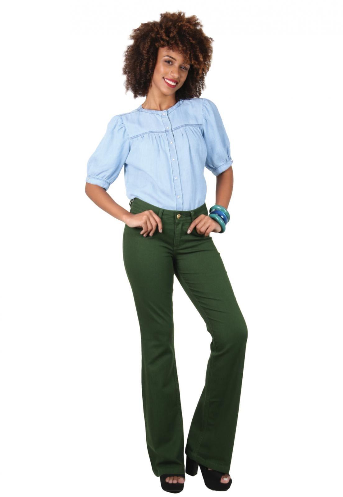Calça Feminina Tradicional Flare Verde Militar