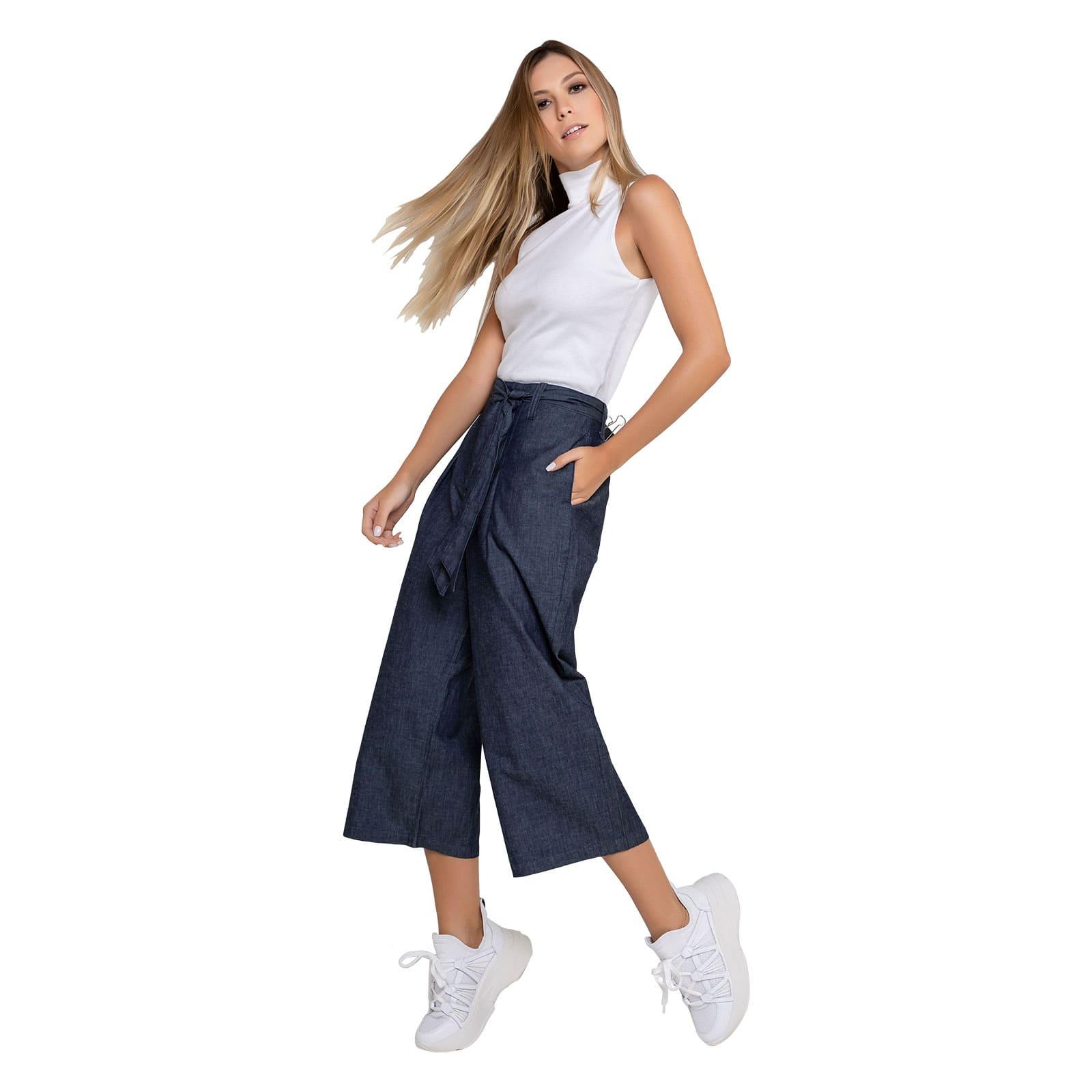 Calça Jeans Feminina Pantacourt