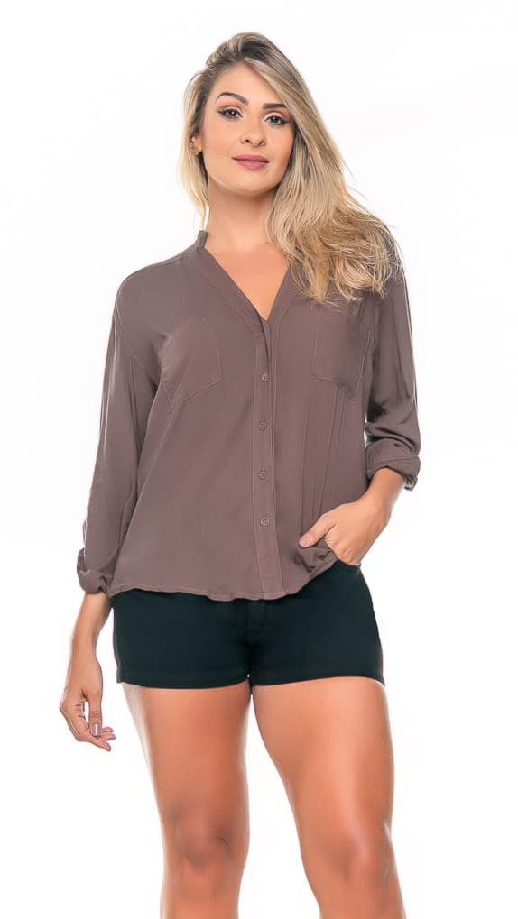 Camisa Feminina com bolsos