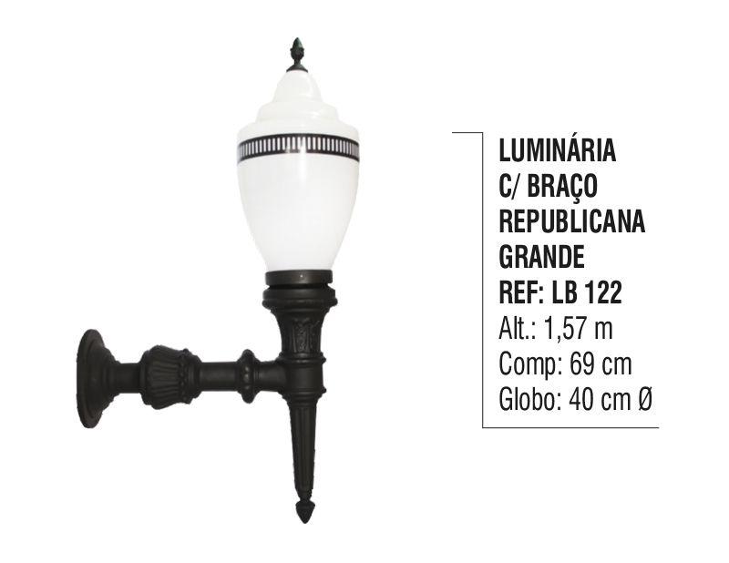 Luminária Republicana Grande com Braço em Alumínio 1,57m