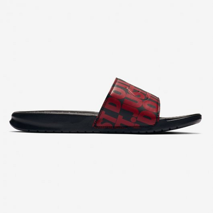 CHINELO NIKE BENASSI JUST DO IT - PRETO E VERMELHO