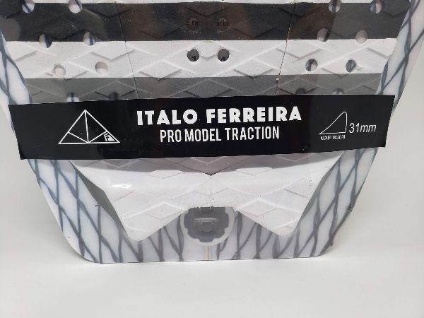 Deck Bullys Italo Ferreira Branco e Preto