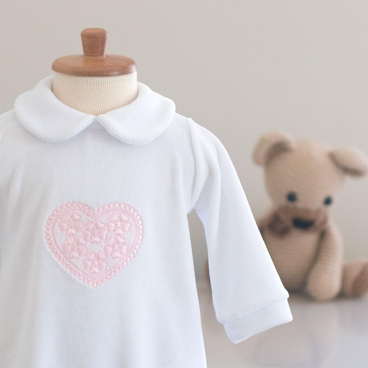 Macacão Coração - Plush