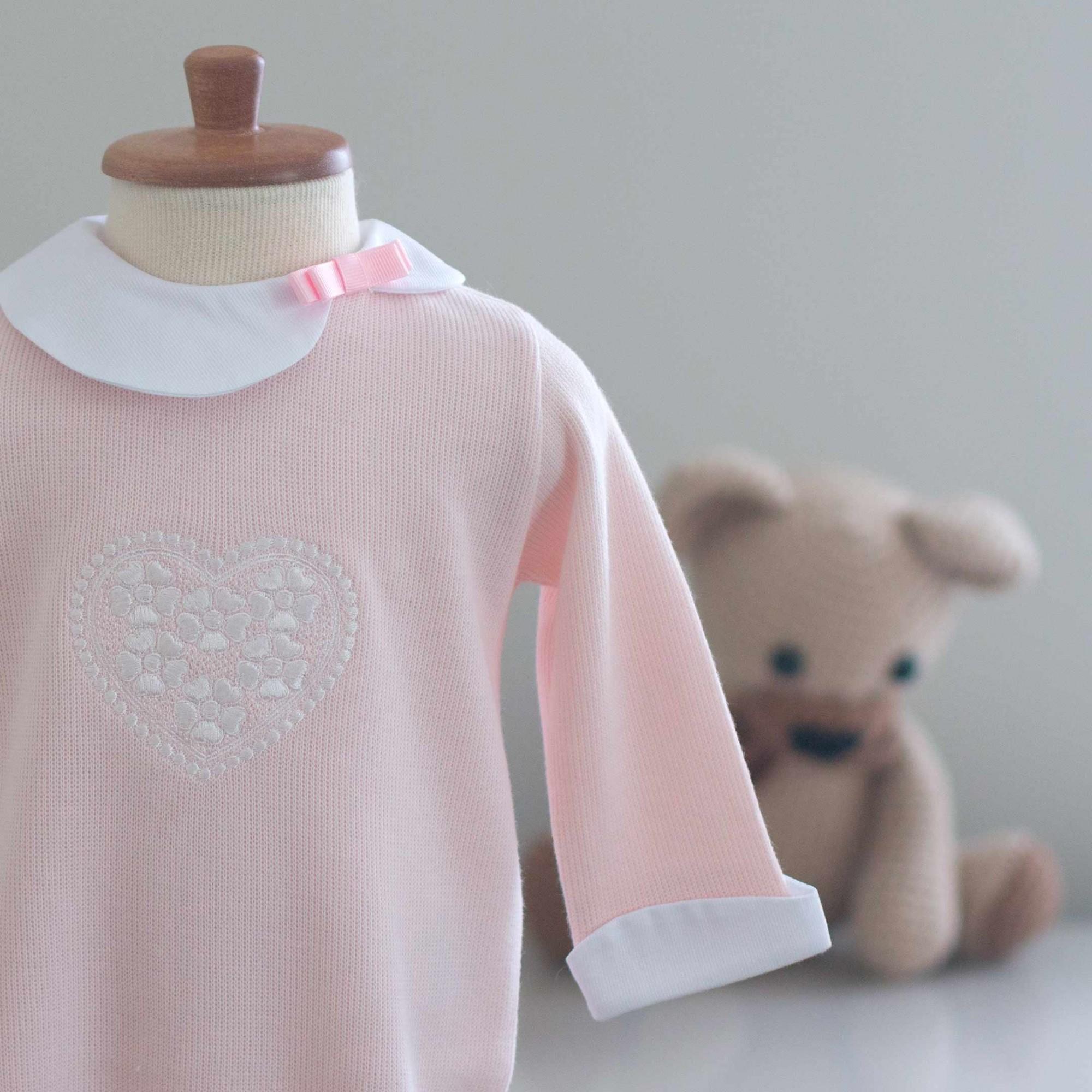 Macacão Coração Rosa - Tricotil