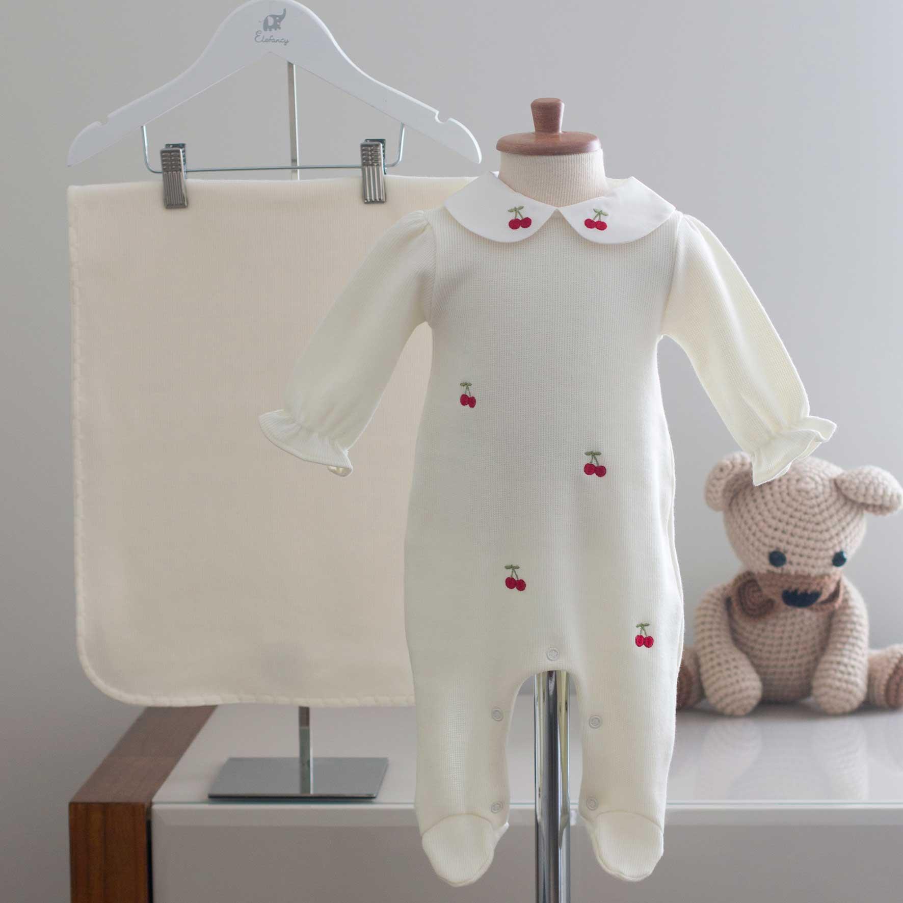 Saída Maternidade Cerejinha Off White - Tricotil